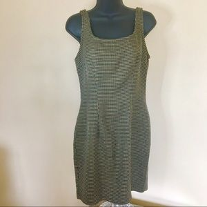 vintage / sleeveless scoop neck houndstooth dress